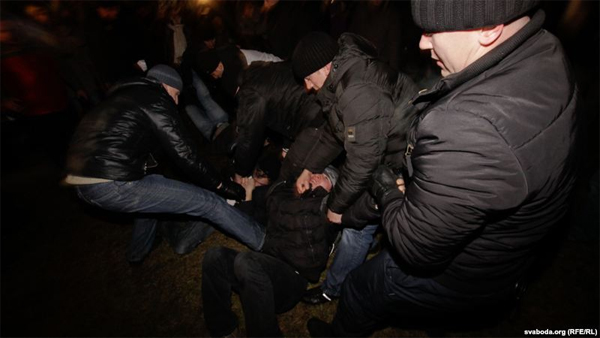 One year after Square: Brutal crackdown and mass arrests again - photo