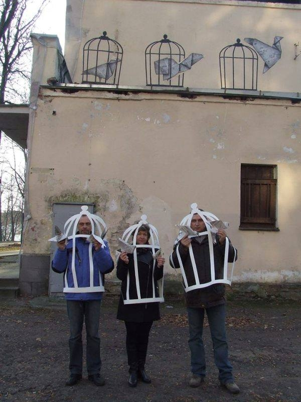 Vitsebsk journalists to stand trial for photo with graffiti