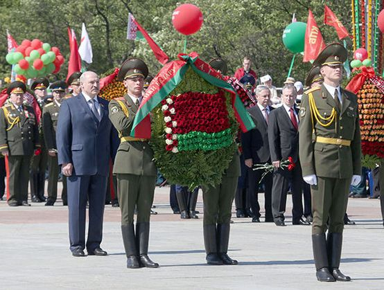 Victory Day: between remembrance and militant memory