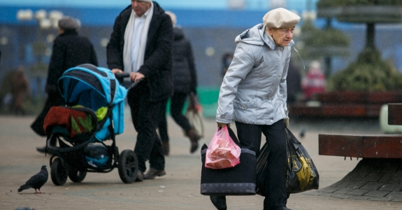 IMF says Belarus needs to raise pension age to 65