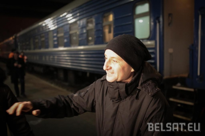 Ukrainian writer Zhadan banned from Belarus. Allowed in after all