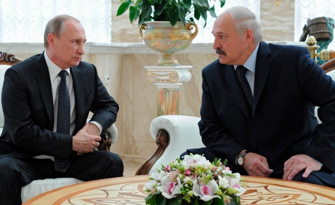 'Near revolution' in Belarus: Lukashenka's balancing act and Putin's fear of another Maidan